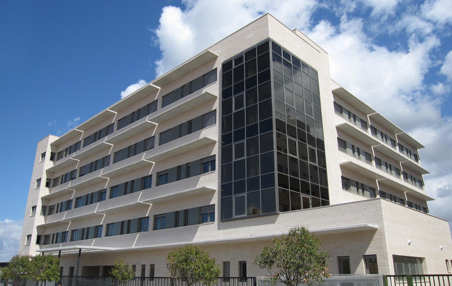 fachada-residencia-ancianos