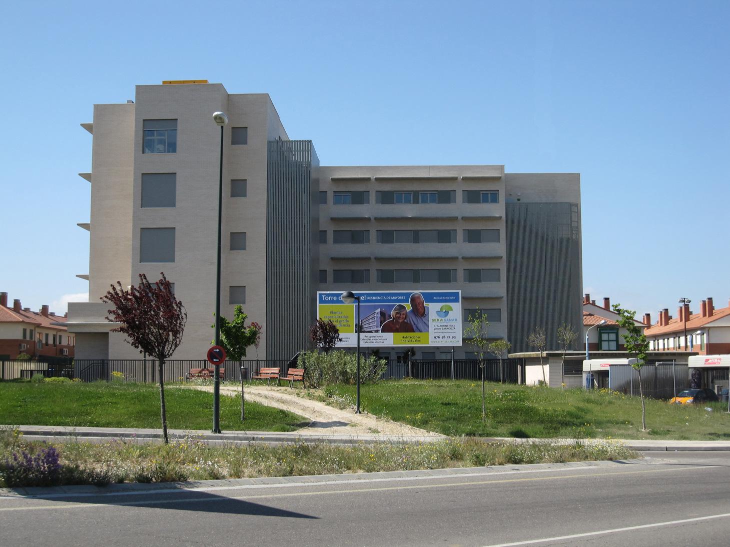 residencia-ancianos-fachada